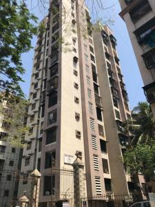 Gallery Cover Image of 1250 Sq.ft 3 BHK Apartment for buy in Kandivali West for 23500000