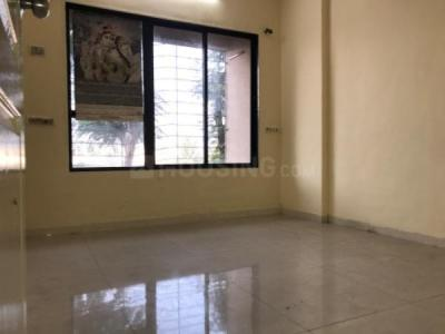 Gallery Cover Image of 530 Sq.ft 1 BHK Apartment for rent in Kandivali West for 17500