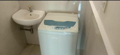 Bathroom Image of Paying Guest Accomadation in Kanjurmarg East