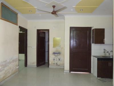 Gallery Cover Image of 1200 Sq.ft 3 BHK Independent Floor for rent in Naya Ganj for 12000
