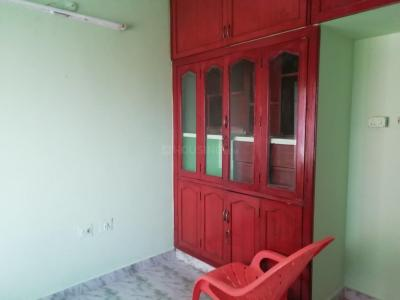 Gallery Cover Image of 1200 Sq.ft 3 BHK Apartment for rent in Velachery for 25000