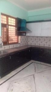 Gallery Cover Image of 1765 Sq.ft 3 BHK Independent Floor for rent in Sector 52 for 28000