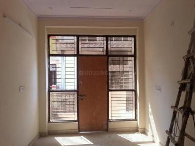 Gallery Cover Image of 1100 Sq.ft 3 BHK Apartment for buy in Govindpuram for 2385000