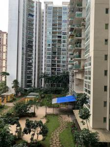 Gallery Cover Image of 1660 Sq.ft 3 BHK Apartment for rent in Kandivali East for 43000