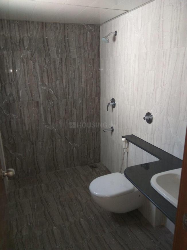 Common Bathroom Image of 1984 Sq.ft 3 BHK Apartment for rent in Harlur for 48500
