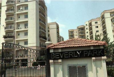 Gallery Cover Image of 1850 Sq.ft 3 BHK Apartment for rent in Sector 22 Dwarka for 35000