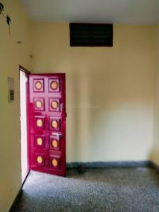 Gallery Cover Image of 600 Sq.ft 1 RK Independent House for rent in Chromepet for 10000