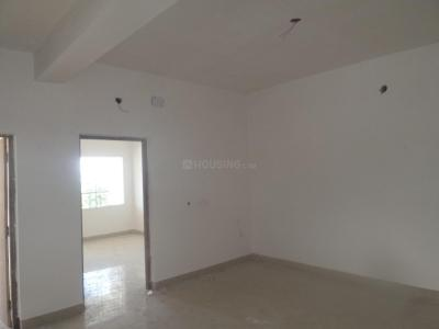 Gallery Cover Image of 904 Sq.ft 2 BHK Apartment for rent in Madhyamgram for 8000