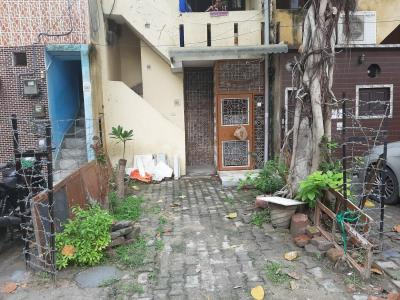 Gallery Cover Image of 600 Sq.ft 2 BHK Independent House for buy in Sector 6 Rohini for 5000000