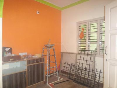 Gallery Cover Image of 550 Sq.ft 1 BHK Apartment for rent in Hosakerehalli for 8000