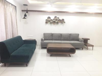 Gallery Cover Image of 3150 Sq.ft 4 BHK Apartment for rent in Satyamev Elysium, Sola Village for 90000