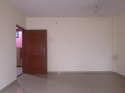 Gallery Cover Image of 950 Sq.ft 2 BHK Apartment for rent in RNA NG Suncity Phase II, Kandivali East for 26000