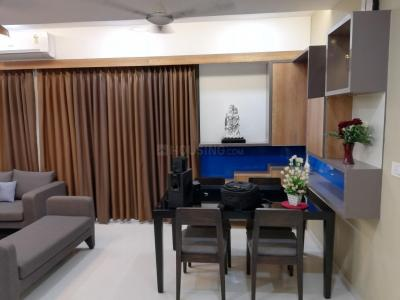Gallery Cover Image of 1620 Sq.ft 3 BHK Apartment for rent in Chandkheda for 25000