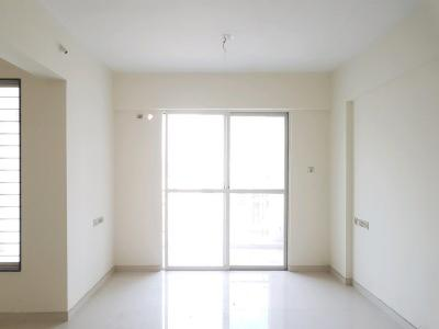Gallery Cover Image of 1085 Sq.ft 2 BHK Apartment for buy in Wakad for 5645560