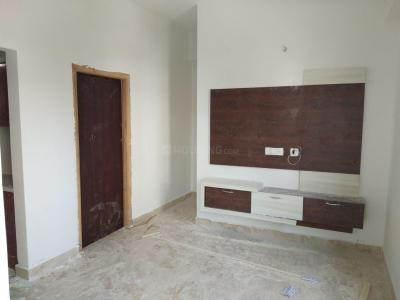 Gallery Cover Image of 750 Sq.ft 1 BHK Apartment for rent in Kondapur for 14500