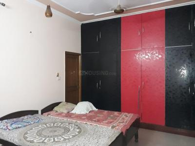 Bedroom Image of Nishant PG in Sector 71