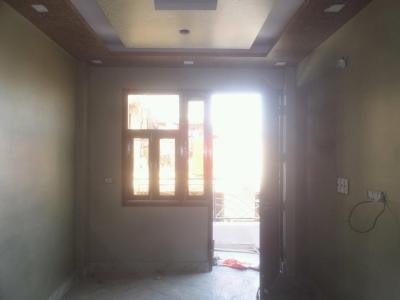 Gallery Cover Image of 400 Sq.ft 1 BHK Independent Floor for buy in Tilak Nagar for 3000000