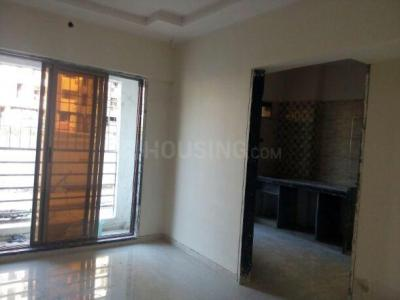 Gallery Cover Image of 645 Sq.ft 1 BHK Apartment for rent in Naigaon East for 6000