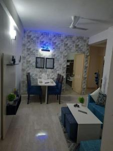 Gallery Cover Image of 532 Sq.ft 2 BHK Apartment for buy in Ballabhgarh for 2000000