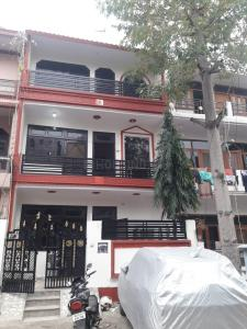 Gallery Cover Image of 1450 Sq.ft 3 BHK Independent House for buy in Delta I Greater Noida for 5900000