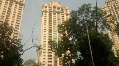 Gallery Cover Image of 950 Sq.ft 2 BHK Apartment for rent in Hiranandani Glen Croft, Powai for 95000