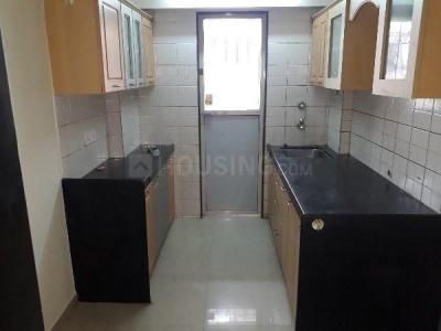 Gallery Cover Image of 580 Sq.ft 1 BHK Apartment for rent in Kandivali East for 22000