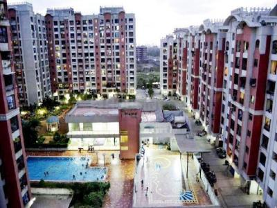 Gallery Cover Image of 1260 Sq.ft 3 BHK Apartment for buy in Malad West for 18000000