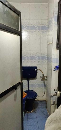 Bathroom Image of 1200 Sq.ft 2 BHK Independent House for rent in Kamothe for 20000