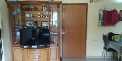 Gallery Cover Image of 950 Sq.ft 2 BHK Apartment for rent in Mulund West for 37000
