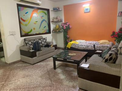 Gallery Cover Image of 1100 Sq.ft 4 BHK Independent Floor for rent in Sector 11 Rohini for 25000