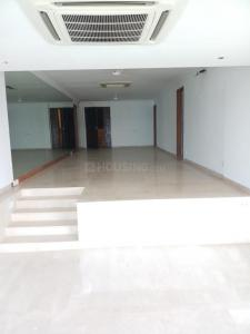 Gallery Cover Image of 3000 Sq.ft 4 BHK Independent Floor for rent in Bandra West for 500000