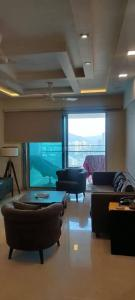 Gallery Cover Image of 1820 Sq.ft 3 BHK Apartment for rent in DB Woods, Goregaon East for 92000