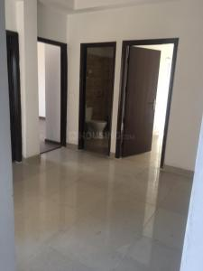 Gallery Cover Image of 915 Sq.ft 2 BHK Apartment for rent in Noida Extension for 10000