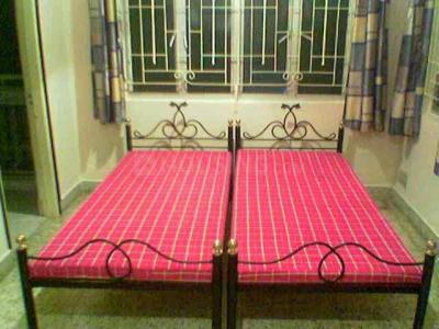 Balcony Image of Boys PG Accommodation Gariahat Sharing Furnished in Gariahat