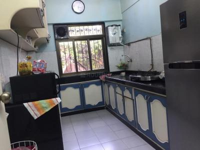 Gallery Cover Image of 920 Sq.ft 2 BHK Apartment for rent in Santacruz West for 55000