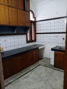 Gallery Cover Image of 1950 Sq.ft 3 BHK Independent House for rent in Sector 39 for 24000