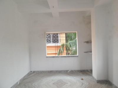 Gallery Cover Image of 450 Sq.ft 1 RK Apartment for buy in Paschim Putiary for 1300000