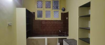 Gallery Cover Image of 950 Sq.ft 2 BHK Apartment for rent in Nesapakkam for 9500