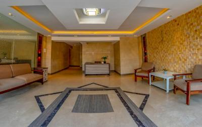 Gallery Cover Image of 680 Sq.ft 2 BHK Apartment for buy in Millionaire Heritage, Andheri West for 16500000