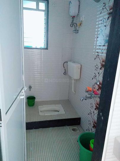 पवई में बाथरूम इमेज ऑफ आर जे रियल्टी
