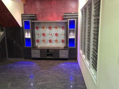 Gallery Cover Image of 1800 Sq.ft 3 BHK Independent House for buy in Srinivaspura for 10000000