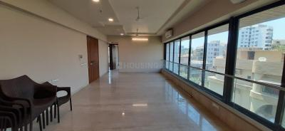 Gallery Cover Image of 1600 Sq.ft 3 BHK Independent Floor for rent in Bandra West for 215000