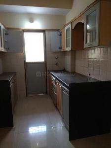 Gallery Cover Image of 600 Sq.ft 1 BHK Apartment for rent in Kandivali East for 18500