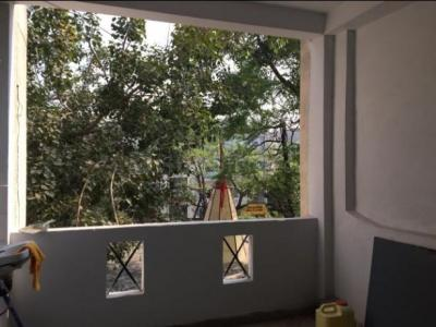 Gallery Cover Image of 411 Sq.ft 1 BHK Apartment for buy in Kolar Road for 1150000
