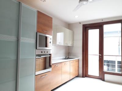 Gallery Cover Image of 2700 Sq.ft 3 BHK Independent Floor for rent in Nizamuddin East for 65000