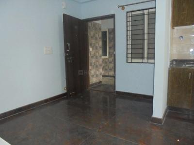 Gallery Cover Image of 585 Sq.ft 1 BHK Apartment for rent in Munnekollal for 13500
