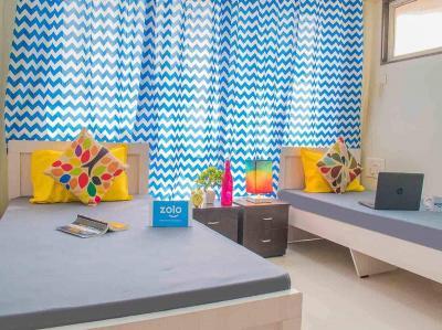 चेंबूर में ज़ोलो आयुष के बेडरूम की तस्वीर