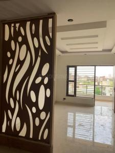 Gallery Cover Image of 2250 Sq.ft 3 BHK Independent Floor for buy in Sector 75 for 6200000