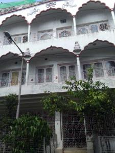 Gallery Cover Image of 5500 Sq.ft 9 BHK Villa for buy in Salt Lake City for 35000000