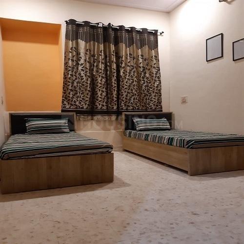 कॉपर खैरने में शिवम पीजी के बेडरूम की तस्वीर